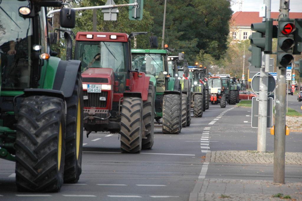 Traktoren auf einer Bauerndemo