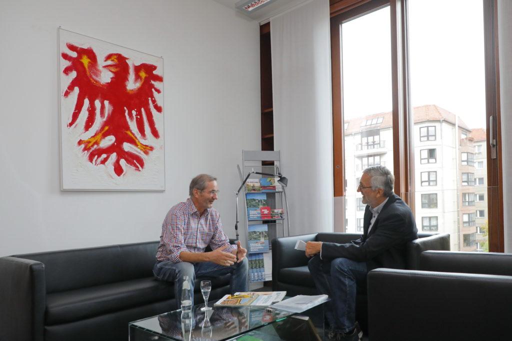 Im Gespräch: Matthias Platzeck mit Bauernzeitung-Autor Wolfgang Herrklotz