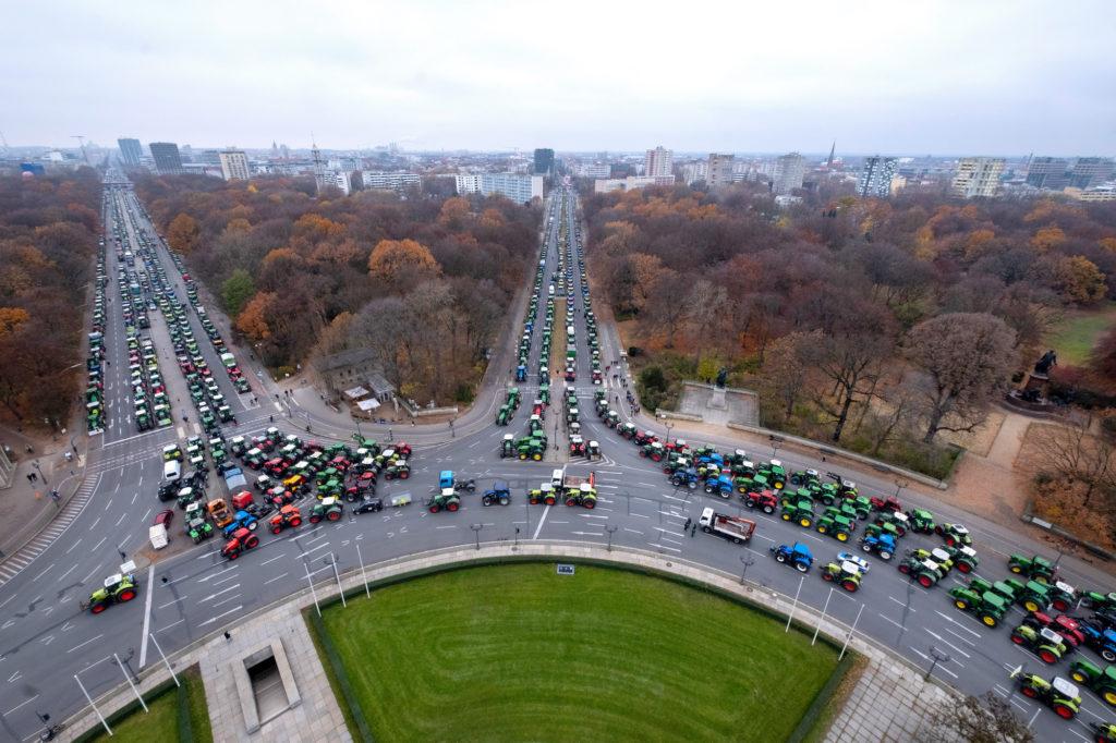 Sternfahrt der Bauern nach Berlin