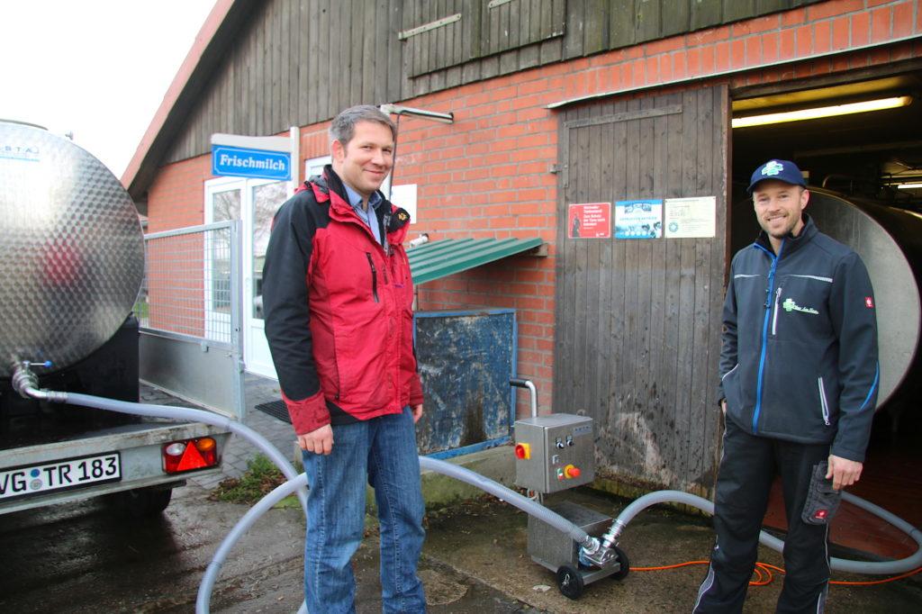 Matthias Westereld und Henk van der Ham in der Käsemanufaktur Müritz