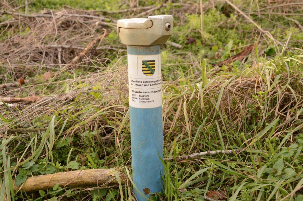 Eine Grundwassermessstelle der Betriebsgesellschaft für Umwelt und Landwirtschaft.