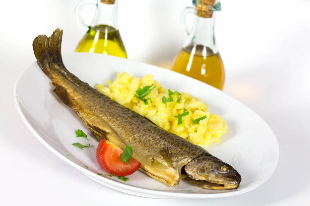 Kartoffelsalat mit Fisch - Rezept