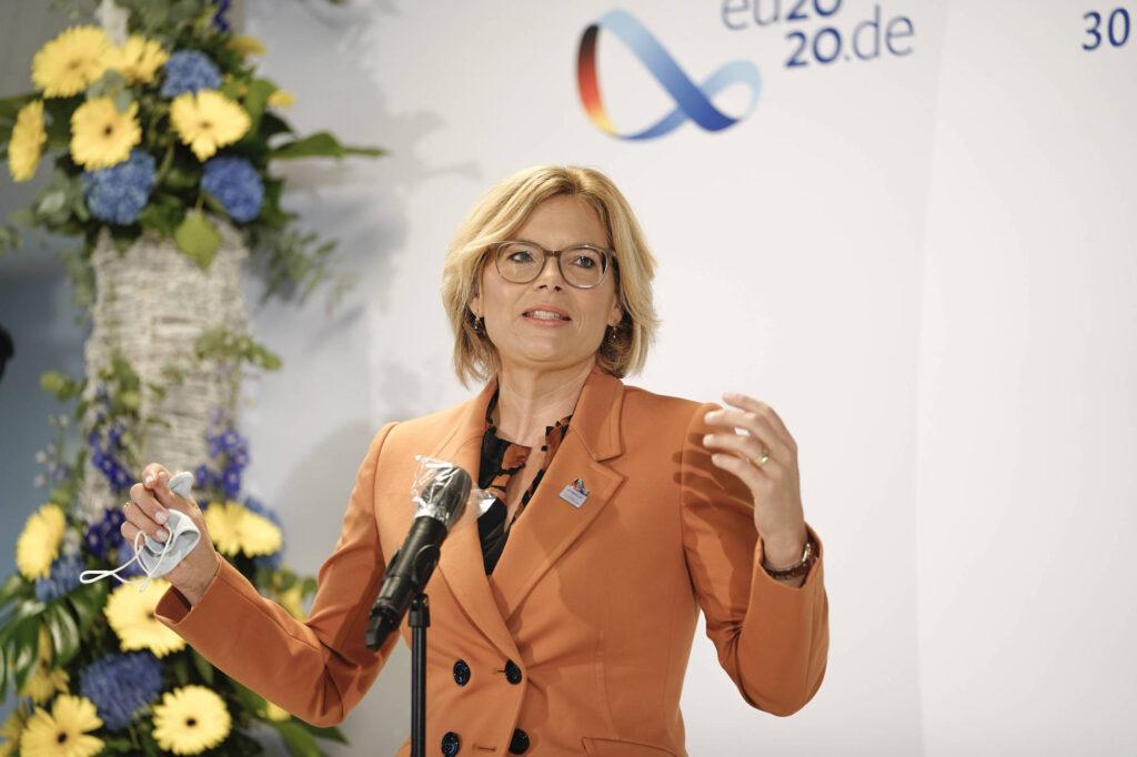 Pressestatement Bundesministerin Kloeckner vor dem Informeller Agrarrat in Koblenz im Rahmen der Deutsche Ratspraesidentschaft 2020 Aktuell, 01.09.2020, Koblenz.