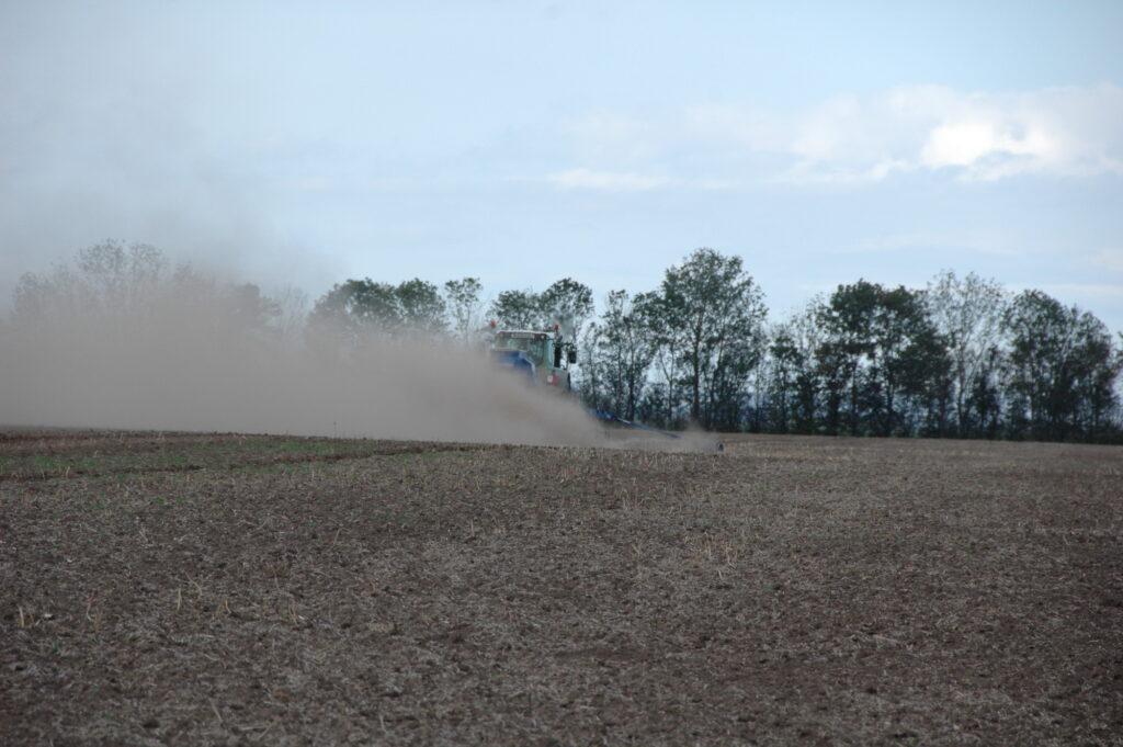 Symbolbild Bodenbearbeitung.