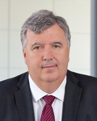 Gernot Schmidt ist Landrat im Landkreis MärkischOderland. Sein erster Beruf: Agrotechniker.